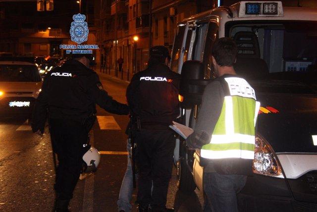 """Np: """"Detenidos Tras Coaccionar Y Explotar A Una Compatriota Para El Ejercicio De"""
