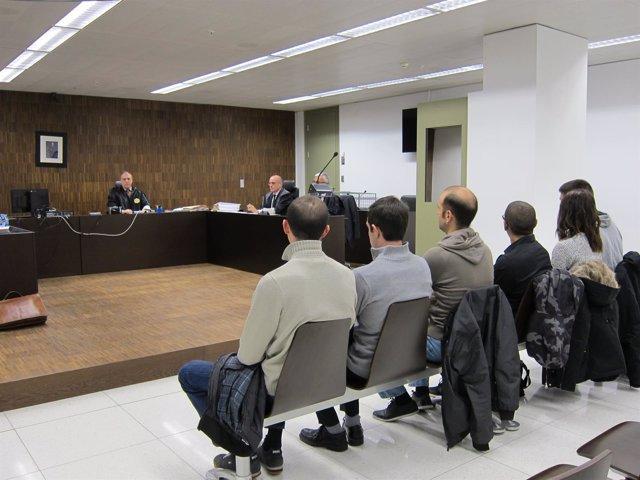 Juicio a seis antifascistas por una agresión el 12-O de 2013