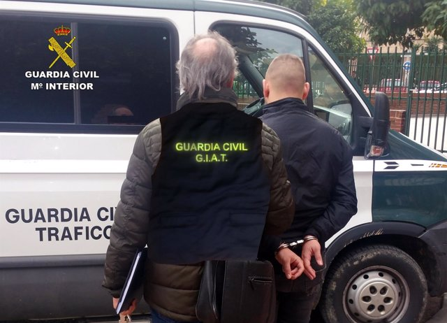 Uno de los detenidos por usurpación