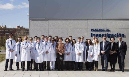 La reina Sofía visita HM CINAC para conocer los últimos avances en el control de la enfermedad de Parkinson