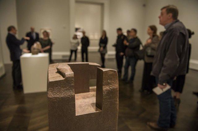 Escultura de Eduardo Chillida en una exposición en el Meadows Museum (EEUU)