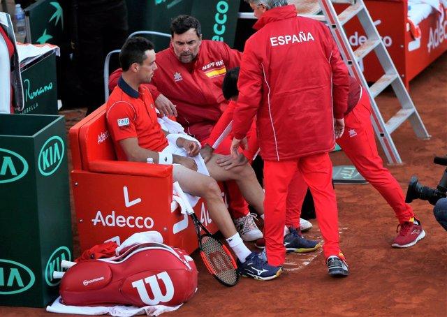 Sergi Bruguera, capitán español Copa Davis, y Roberto Bautista