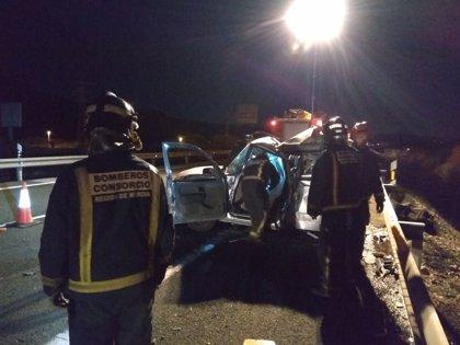 Fallece el conductor de un turismo tras colisionar con un camión en la A-30, en Cieza