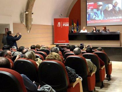 """Adriana Lastra señala que el PSOE tiene un """"plan serio y riguroso"""" para """"salvar"""" las pensiones"""