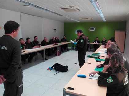 Agentes Forestales de La Rioja mejoran su formación para intensificar la lucha frente al uso de veneno contra la fauna