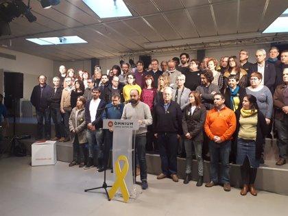 """Òmnium pide máxima """"unidad y generosidad"""" para resolver la investidura lo antes posible"""