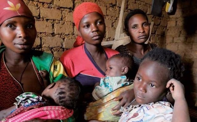 Mujeres y niños del este de la RDC