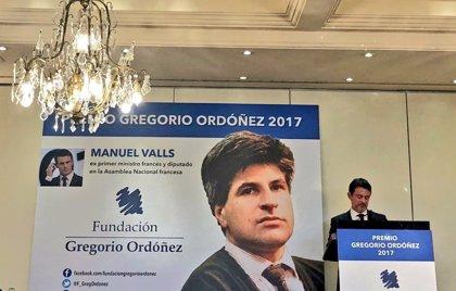 """Valls defiende que la cooperación España-Francia tiene que ir """"hasta la derrota"""" de ETA"""