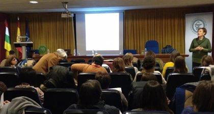 Farmacéuticos riojanos se especializan en vacunas para dar respuesta a la creciente demanda de información