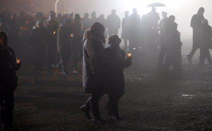 Grupos civiles piden a Varsovia que retire una ley que silenciaría la complicidad histórica en el Holocausto