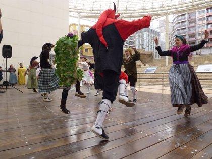 Una mañana de domingo musical en los museos municipales de Zaragoza