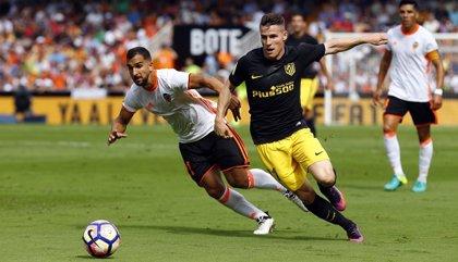 El Atlético busca reforzar la segunda plaza frente a un Valencia desgastado