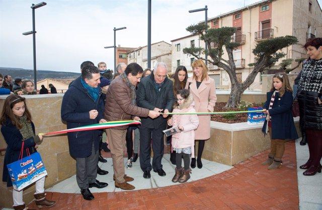 Inauguración plaza Entrena (1)
