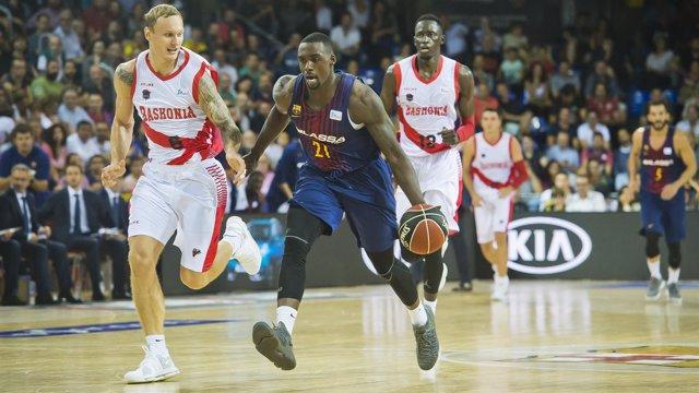 Rakim Sanders (FC Barcelona Lassa) Janis Timma (Baskonia)