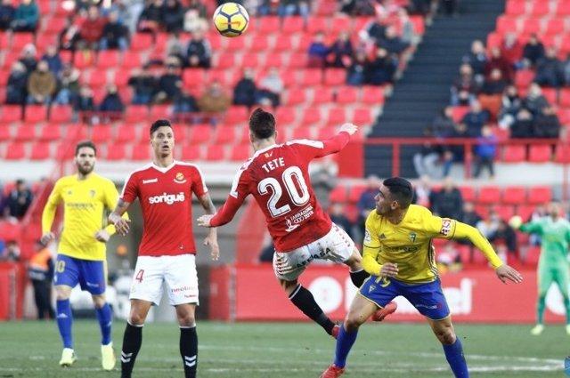 Nàstic y Cádiz empatan en Liga