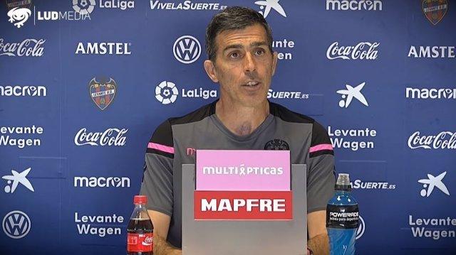 Juan Ramón López Muñiz, entrenador del Levante