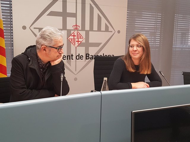La teniente de alcalde Janet Sanz y el concejal Josep Maria Montaner