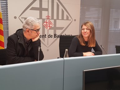 Barcelona licita el manteniment d'escales mecàniques i ascensors per 3,9 milions (EUROPA PRESS)