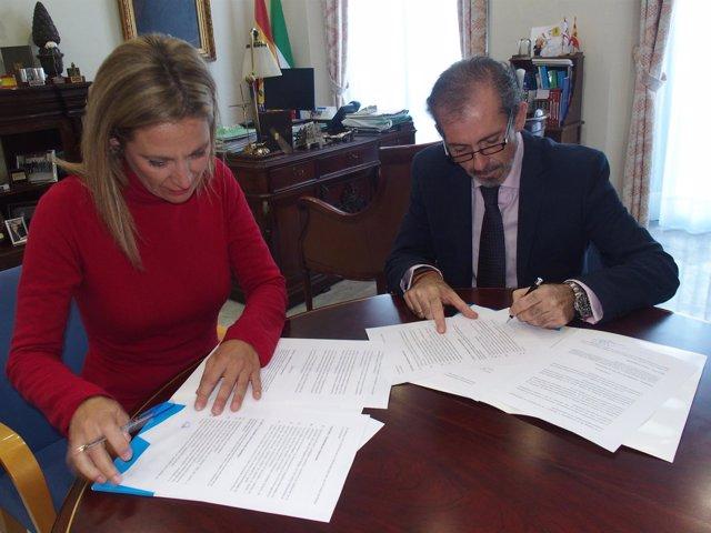 Convenio Málaga Acoge y Colegio de Abogados