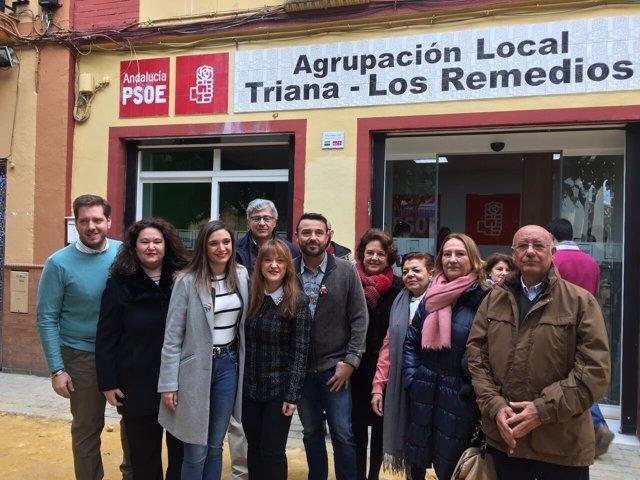 Los socialistas en Triana.