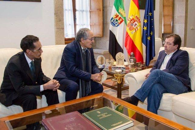 Fernández Vara y ministra saharaui