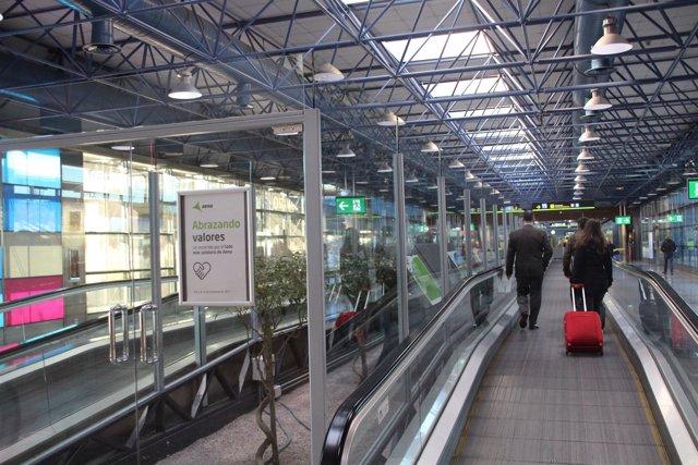 El Aeropuerto Adolfo Suárez Madrid Barajas Acoge La Exposición 'Abrazando Valore