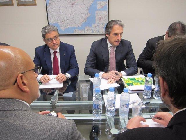 Reunión del gabinete de crisis por temporal con Enric Millo e Íñigo de la Serna