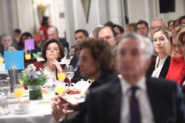 Santamaría en el Desayuno Informativo de Europa Press con Feijóo