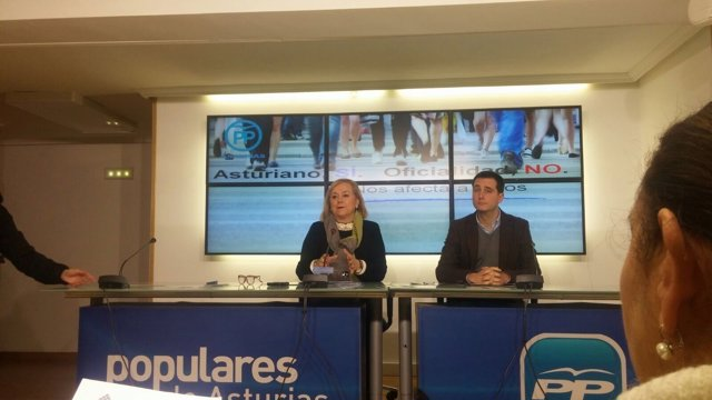 Rueda de prensa de MErcedes FErnández y David González Medina (PP)