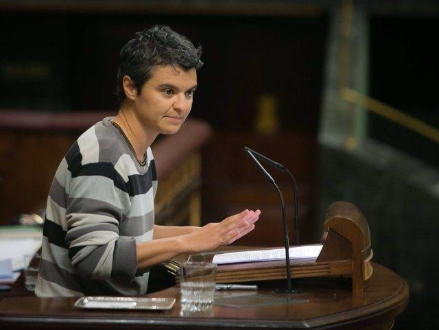 La diputada de En Comú Lucía Martín, en la tribuna del Congreso