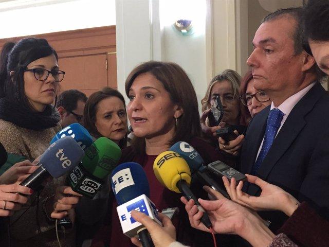 Bonig y Salvador Navarro atienden a los medios de comunicación