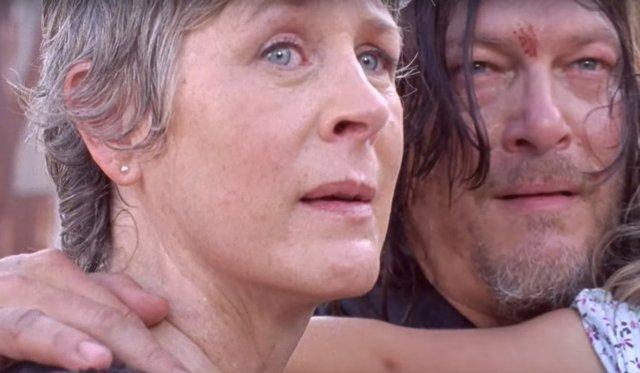 Melissa McBride y Norman Reedus en The Walking Dead