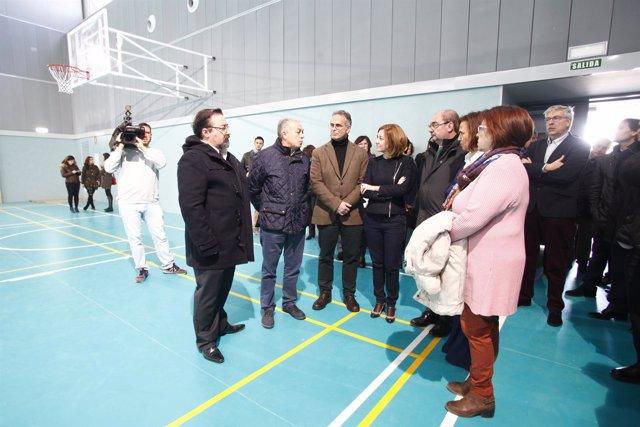 Lambán visitó en enero de 2017 el pabellón del nuevo IES de La Puebla