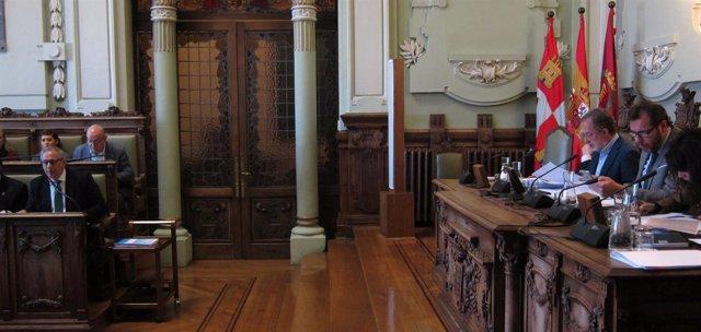 Pleno extraordinario de Presupuestos en el Ayuntamiento de Valladolid