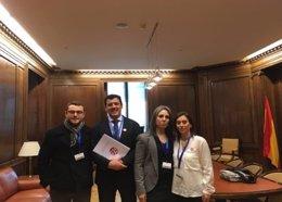 La asociación 22q11 se reúne con el PP en el Congreso