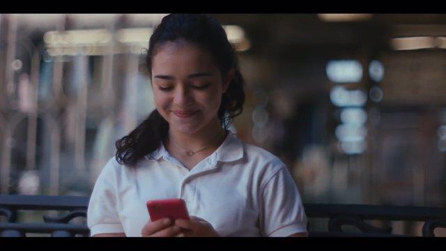 Fotograma del vídeo 'Love story' sobre suplantación de indentidad
