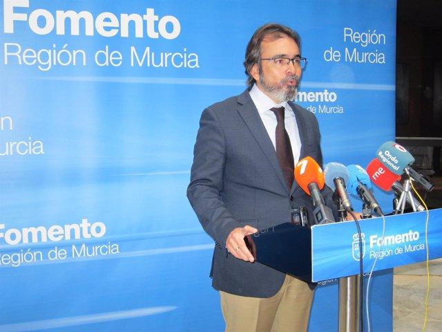El consejero Pedro Rivera en rueda de prensa