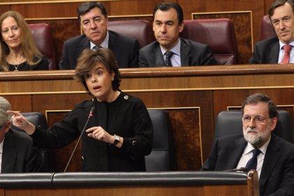El Congreso rechaza que Santamaría explique al Congreso la presencia del Rey en el Foro Davos