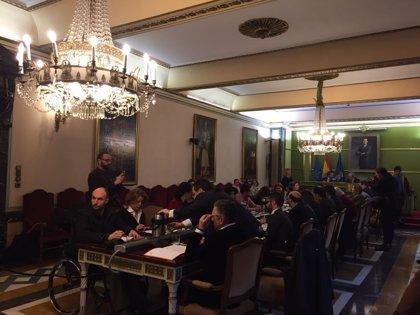 Pleno.- El Ayuntamiento aboga por la oficialidad del asturiano con el voto en contra de la oposición