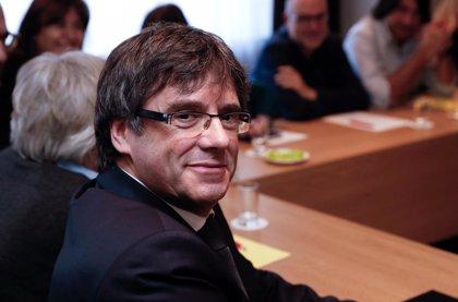 Puigdemont conmemora con una treintena de personas los cien días desde que viajó a Bélgica