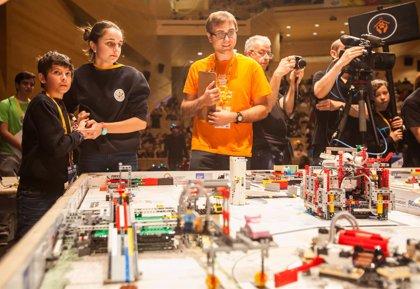 Unos 15.000 jóvenes españoles participarán en el torneo 'First Lego League' Madrid entre el 10 y el 24 de febrero