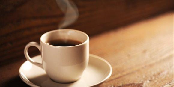7. Una anciana con demencia senil mata a su marido al darle una taza de detergente en vez de café