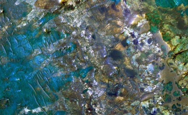 Diversidad mineralógica en el subsuelo marciano