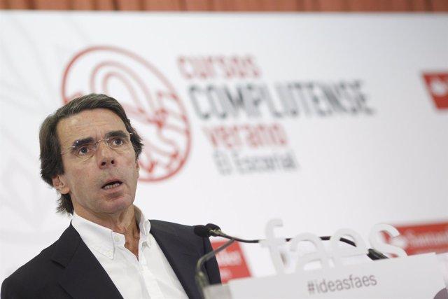 José María Aznar interviene en los cursos de verano de El Escorial