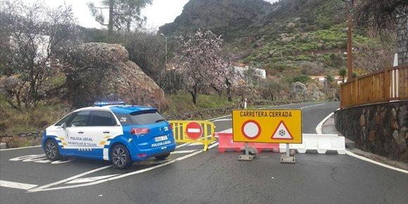 3. Abren las carreteras a la cumbre de Gran Canaria tras la última nevada que provocó el rescate de 10 personas