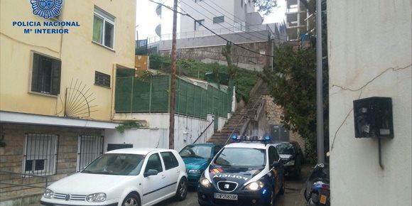 8. Detenidos 'in fraganti' dos mujeres y dos hombres por intento de estrangulamiento en Palma