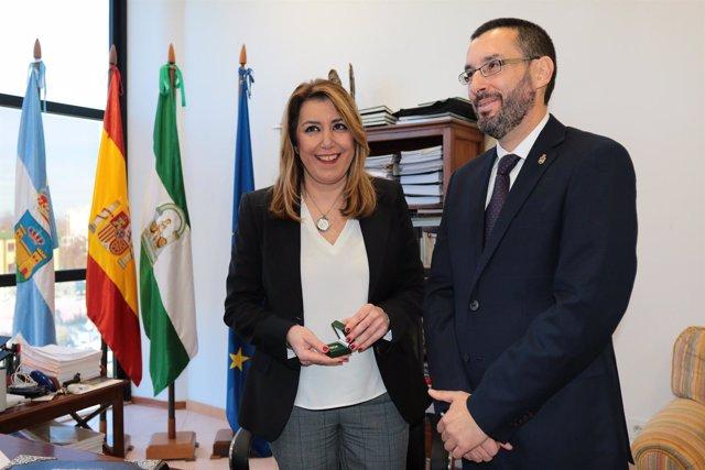 La presidenta de la Junta, Susana Díaz, y el alcalde de La Línea, Juan Franco