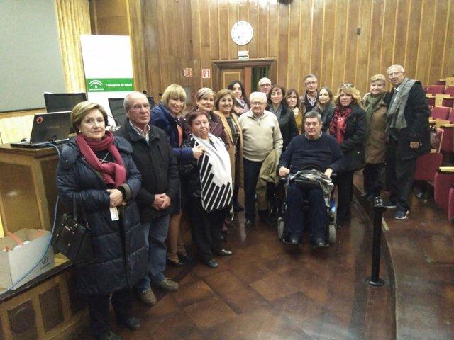 Reunión con asociaciones de pacientes y vecinos sobre la desfusión hospitalaria