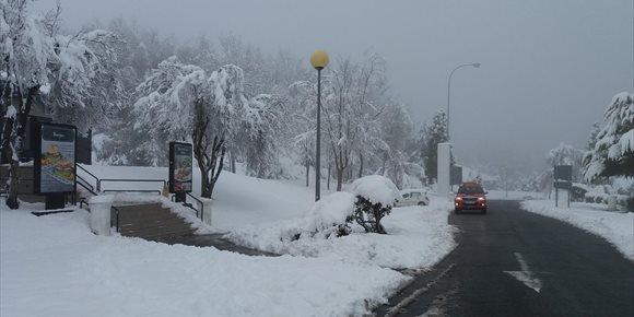 10. Cerrado por nieve el puerto alavés de Orduña y precaución en el resto de la red viaria vasca