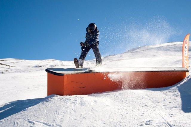 Una parte del snowpark Sulayr de Sierra Nevada en Granada